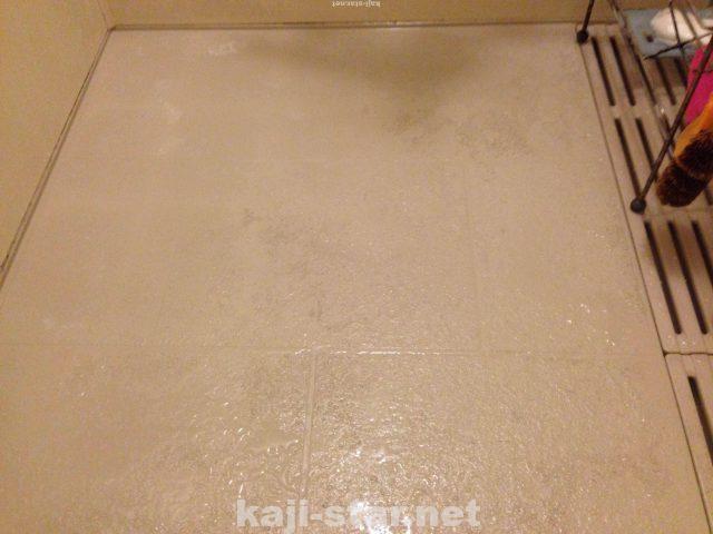 お風呂の床の掃除